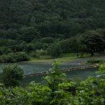 大雨による増水で湖畔のテントサイトが狭くなっております